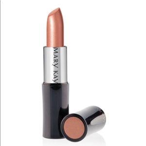 Mary Kay Creme Lipstick (Sweet Nectar)